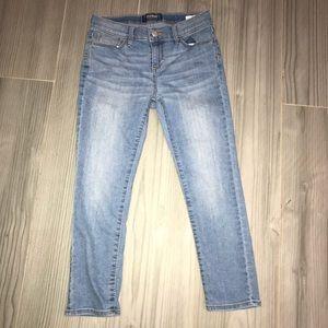 Light Wash Skinny Capri Jeans